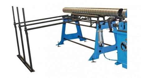 Machine pour gaines spiralées Ø 1250 mm avec contrôle numérique et coupe auto. - table sortie