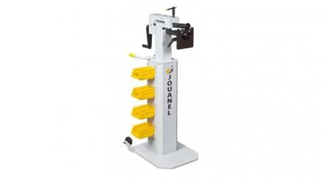 Socle avec roulettes de manutention et banettes de rangement - Avec machine