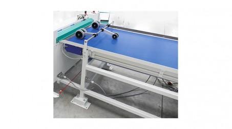 Table de transfert automatique - largeur 1000 mm - detail roues entrainement