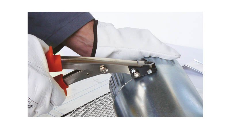 Cisaille grignoteuse avec lame de 12 mm - action2