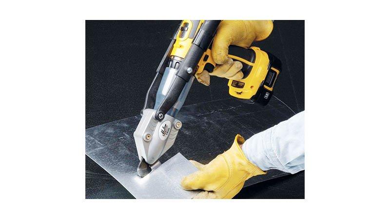 Cisaille pour acier galvanisé 1,3 mm pou adaptation perceuse - action