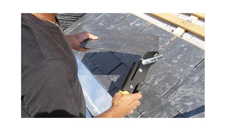 Pince à découper et à poinçonner l'ardoise - lame 55 mm - action1