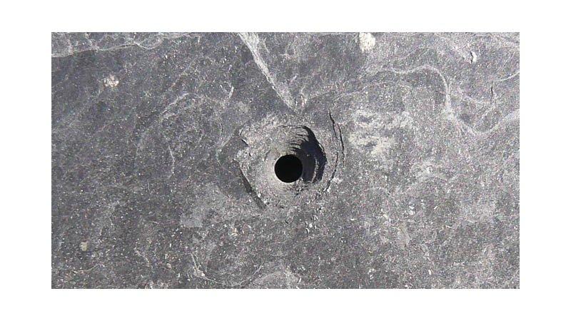 Pince à découper et à poinçonner l'ardoise - lame 55 mm - action3
