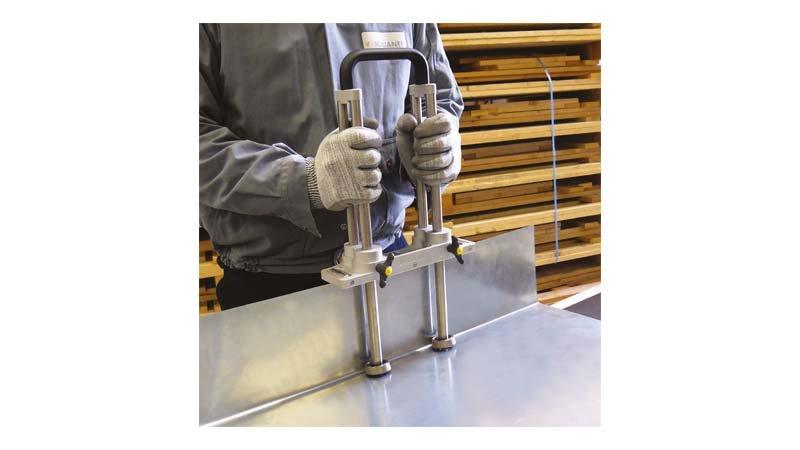 Plieuse à main double colonne, 3 rouleaux de guidage - 200 mm - action2