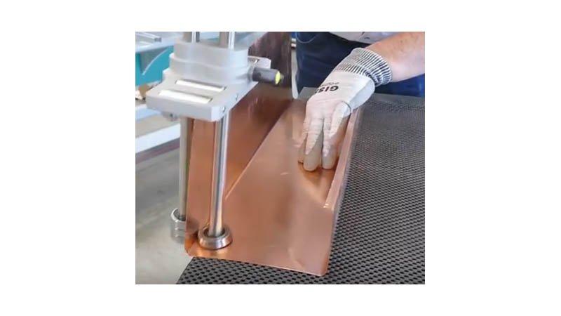 Plieuse à main simple colonne, 4 rouleaux de guidage - 200 mm - action5