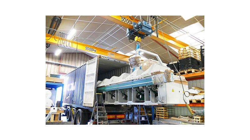 Plieuse gde longueur de 4,05ml acier 1,5 mm - Chargement container