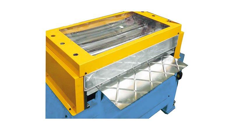 Raidisseuse croisée - 2 ml - acier 1,5 mm - sortie tole profilee1