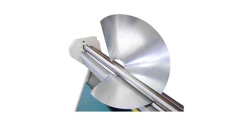 Rouleuse manuelle lg: 650 mm capacité 2 mm acier doux rouleaux diam  60 x 60 x 7 - Realisation3