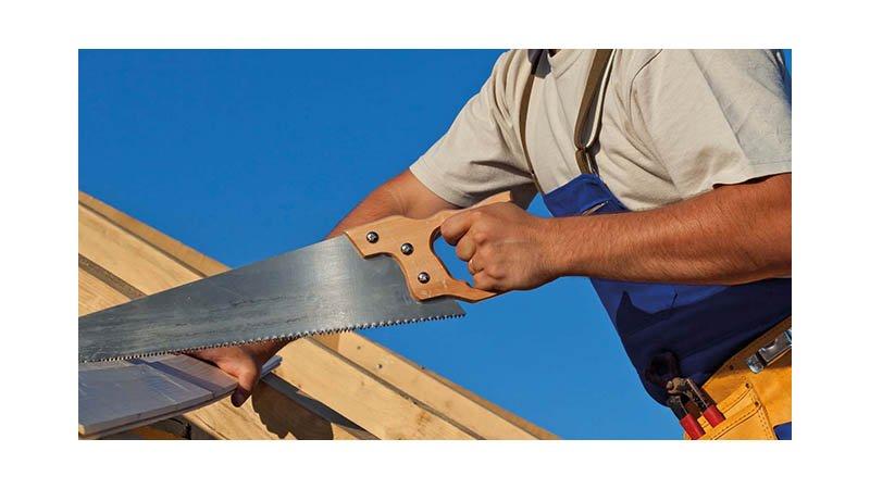 Scie égoïne charpentier manche bois 500 mm lame grosse denture - action